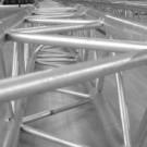 conf 135x135 Constructii metalice